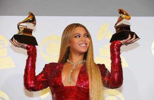 Beyoncé compra marca de ropa lanzada con empresario británico Philip Green