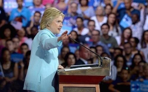 Hillary Clinton faces mass dissent over 'dirty tricks' on Bernie Sanders