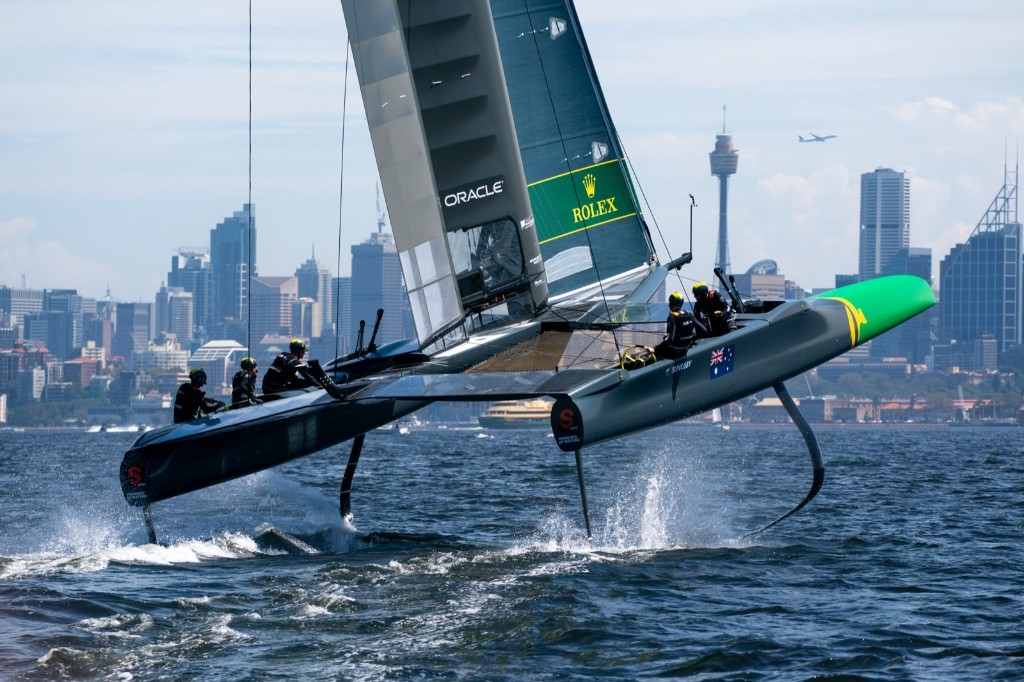 Sailing at High Speed Down Under: Pictures