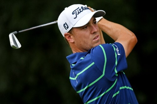 Thomas leads McIlroy, Koepka by 1 in storm-delayed Tour Championship