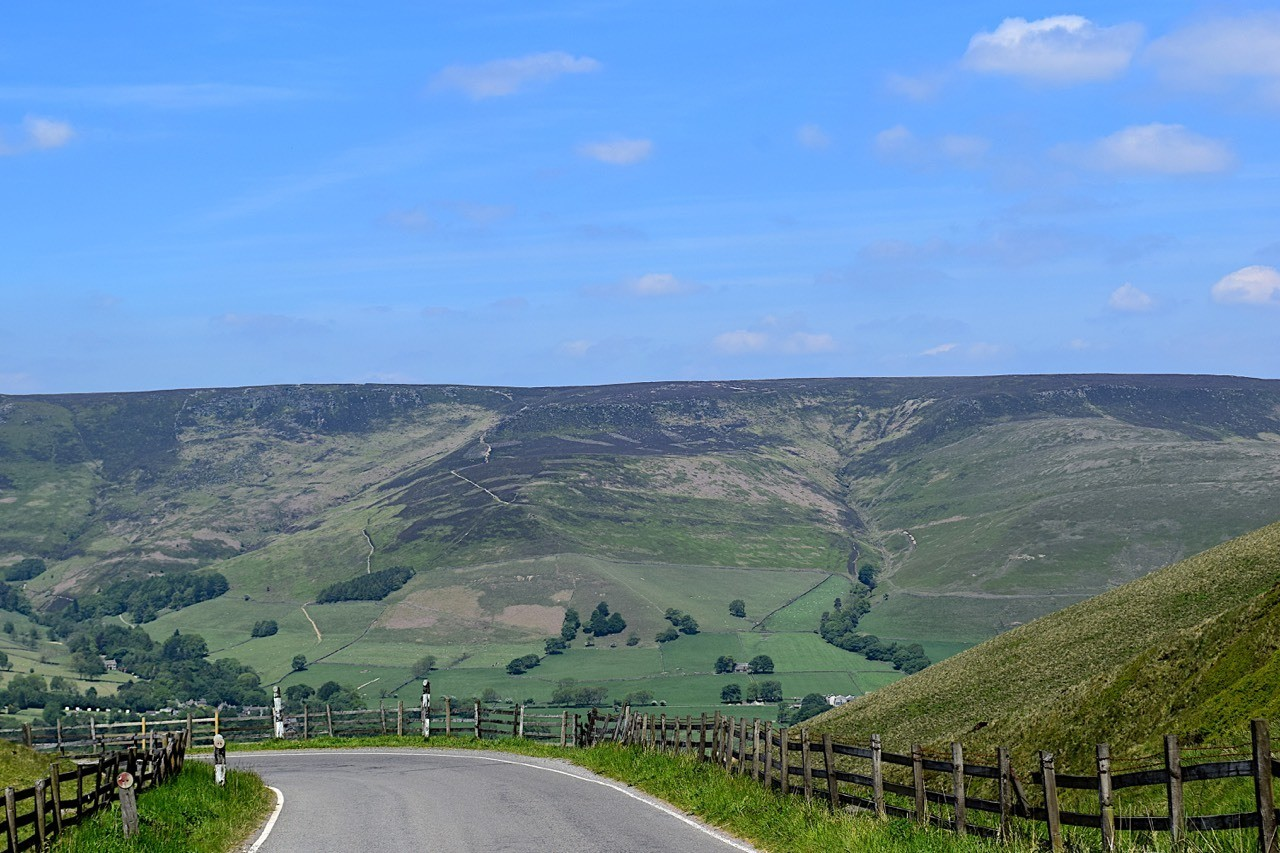 Heading North from Mam Tor