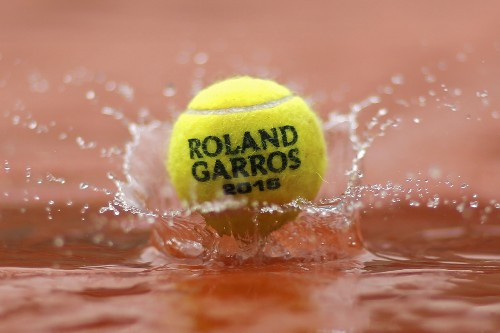 Rain Mars Start of French Open: Pictures