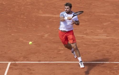 Tennis - Wawrinka sees positives despite Federer defeat