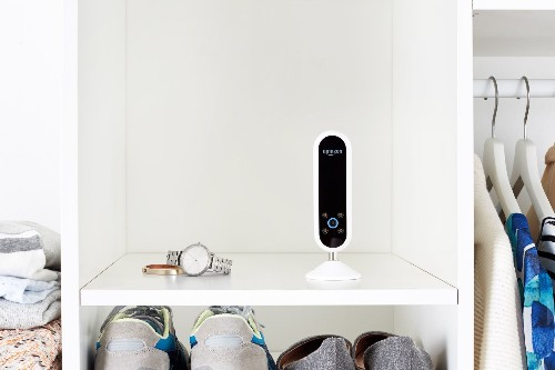 Amazon's new $200 Echo Look camera will judge your outfits