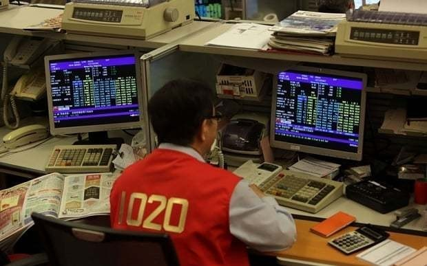 China markets rebound as it curbs investors from selling shares