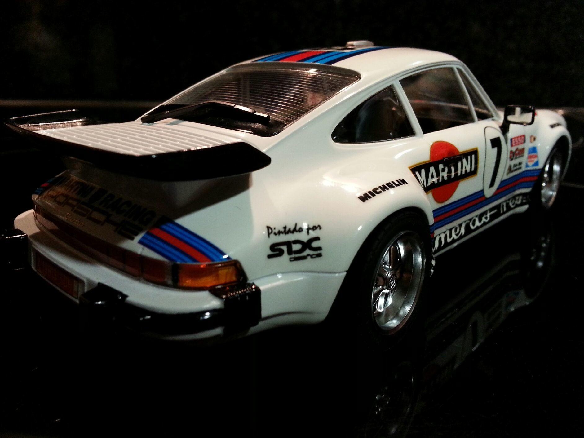 Porsche 911 Martini por SDH Diseños