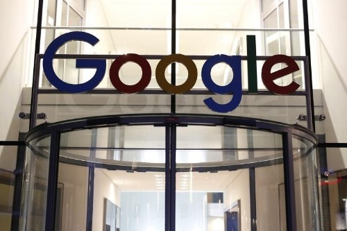 Google says working on policy update to restrict ads on fake news sites