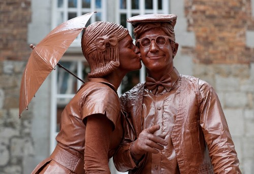 Living Statues Take Over a Town in Belgium: Pictures