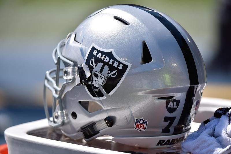 Raiders' Move to Las Vegas from Oakland Approved by NFL Owners