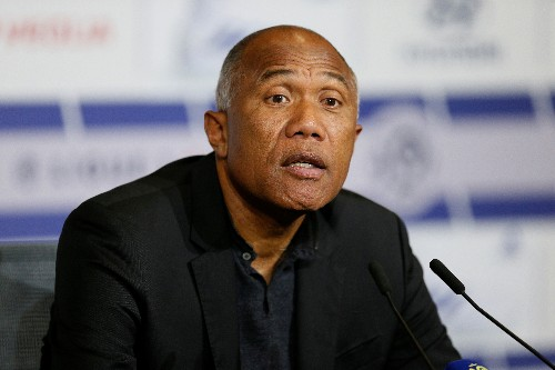 Soccer: Former PSG boss Kombouare takes charge at Toulouse