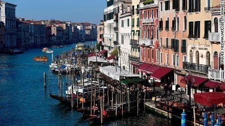 How to avoid 'tourist trap' restaurants in Venice | CNN Travel