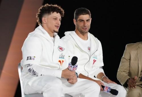 Mahomes eyes throne, Garoppolo seeks respect as young quarterbacks cap transformative NFL season