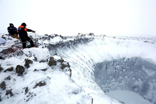 Scientists Venture Deep Inside Mysterious Siberian Crater And Come Back With Incredible Photos