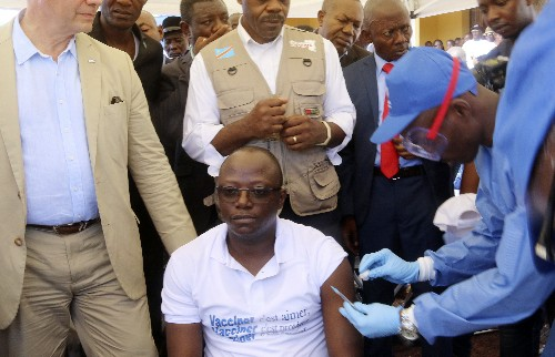 Congo Ebola vaccination campaign begins with health workers
