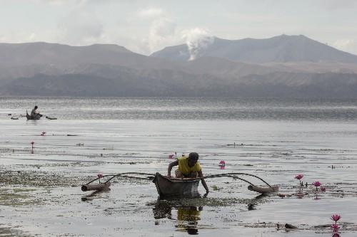 Philippines lowers volcano danger level
