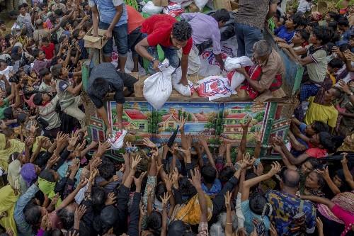 Rohingya Refugee Crisis in Bangladesh: Pictures