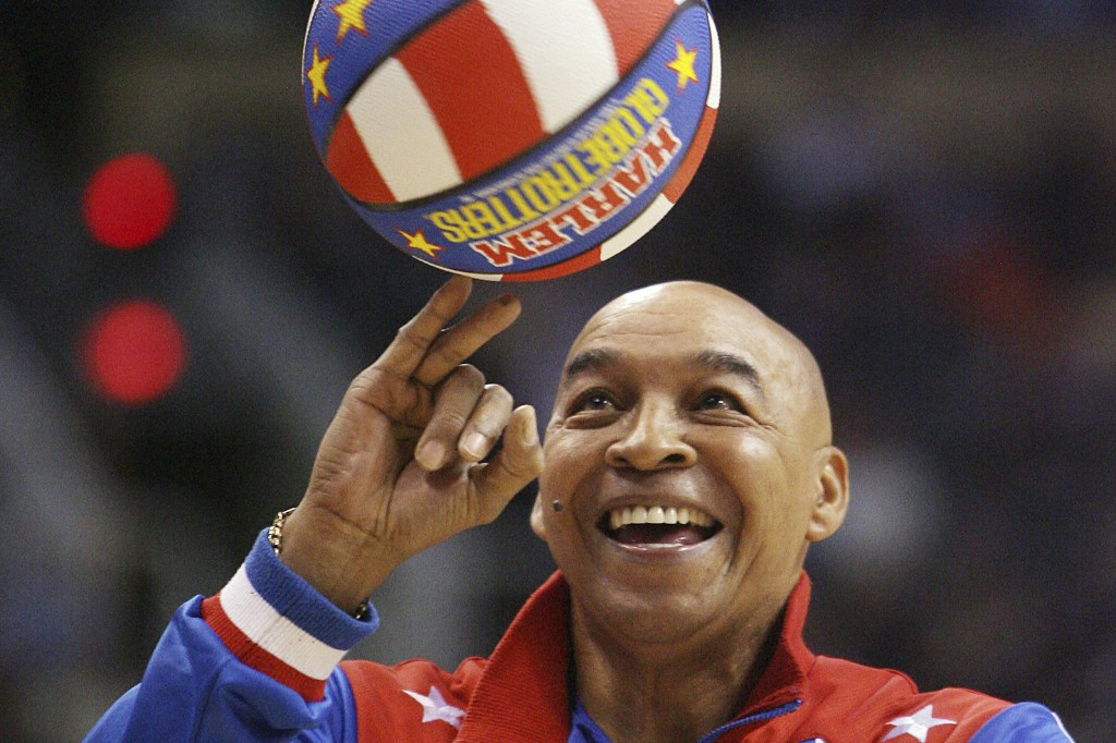 Harlem Globetrotters great Curly Neal dies at 77