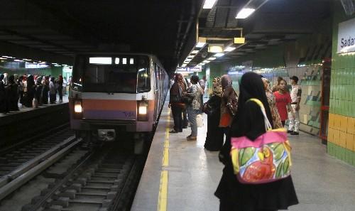 Egypt hikes fare on third Cairo metro line