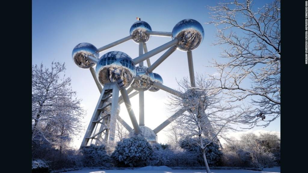 Retro visions of futuristic architecture