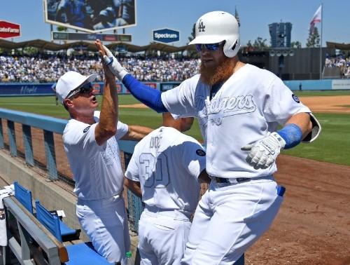 Turner, Gonsolin provide heroics as Dodgers edge Yanks