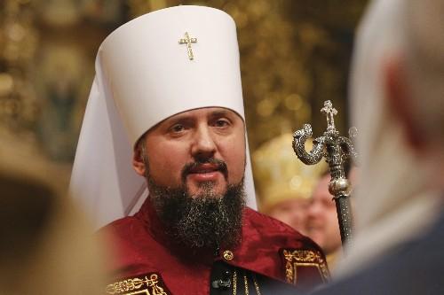 Head of Ukraine's new Orthodox Church assumes office