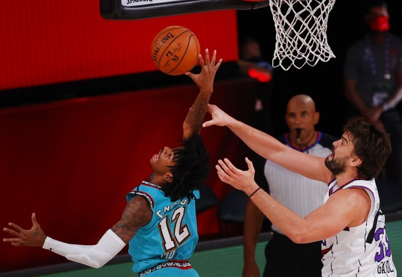 Gasol guides Raptors to No. 2 seed in East