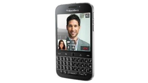 BlackBerry Unveils Revenue Drop After Launching 'Classic' Phone
