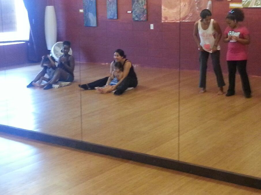 """LRI's 1st """"Mami, Daddy and Me"""" salsa dancing class is underway! Super excited!...!"""