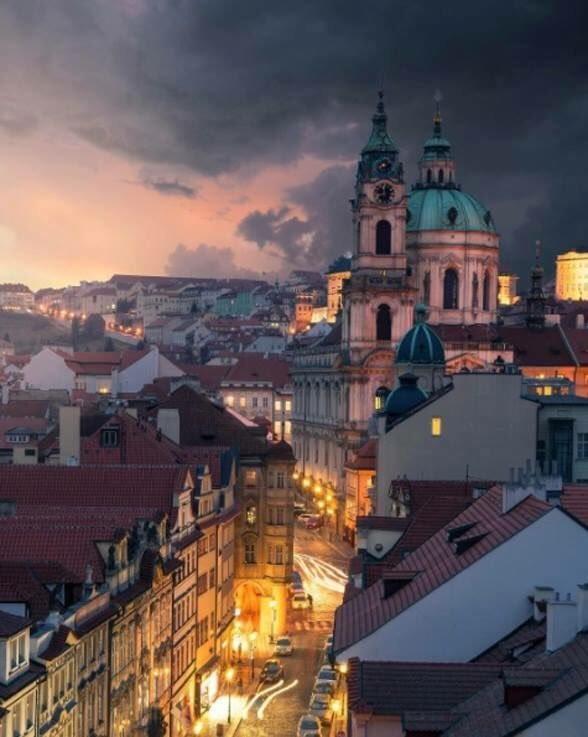 viola 🌏 Prague