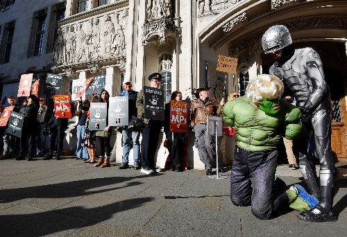 Grande-Bretagne: La Cour suprême examine la suspension des travaux parlementaires