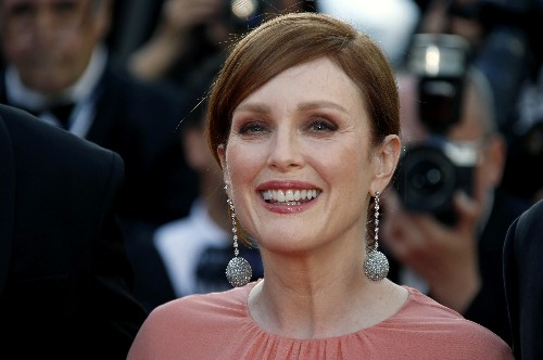 Julianne Moore says personal experiences spurred her to back AIDS ward documentary