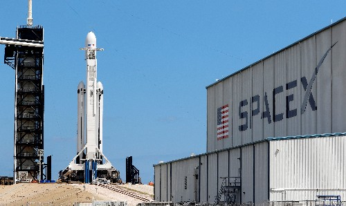 Musk's satellite project testing encrypted internet with military planes