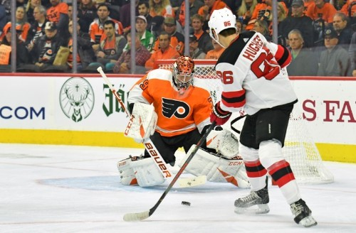 NHL roundup: Flyers' Hart blanks Devils