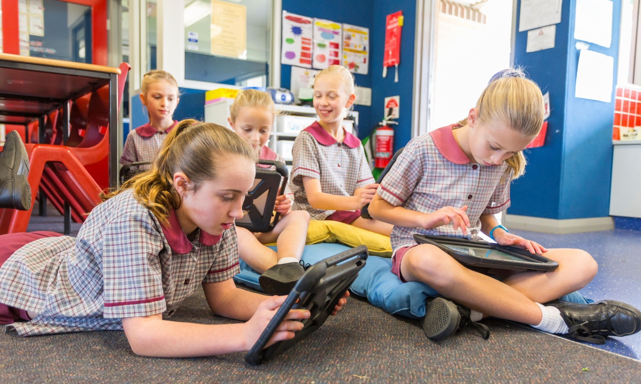 Australian parents want schools to teach more social skills, survey finds