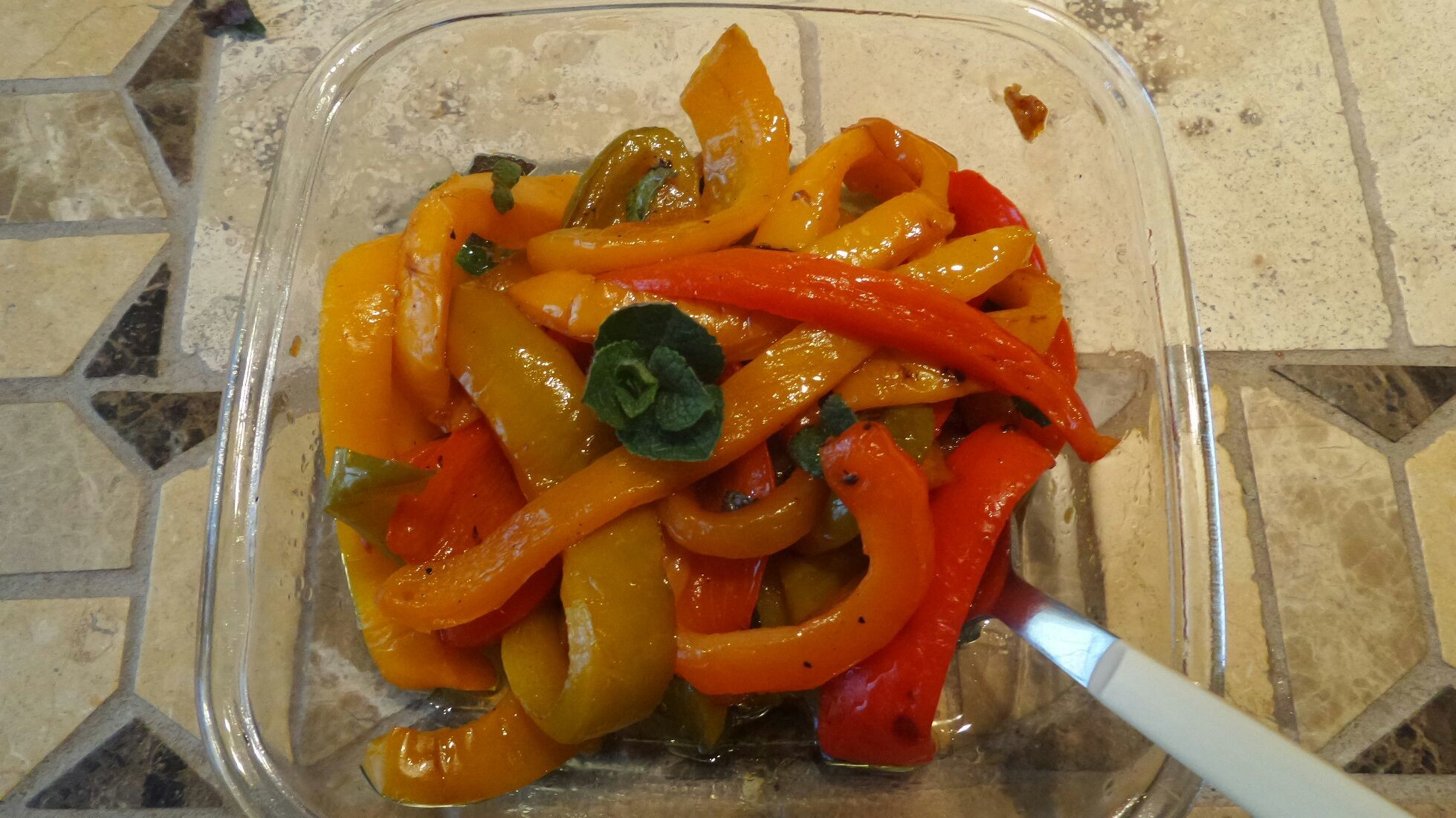 Grilled sweet pepper salad and mint