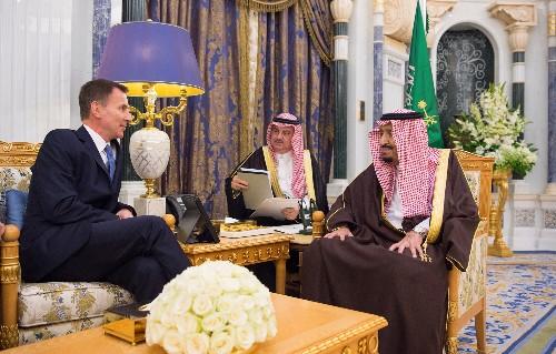 """(حصري)هانت: فرص إجراء محادثات لإنهاء الحرب في اليمن صارت """"أكثر واقعية"""""""