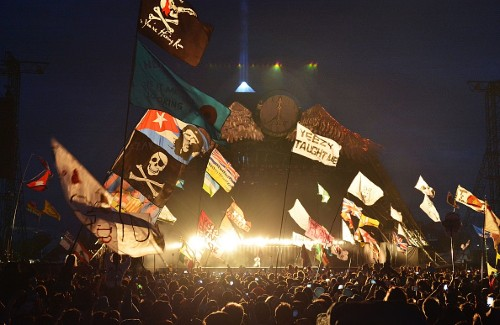 Glastonbury Day 2 in Pictures