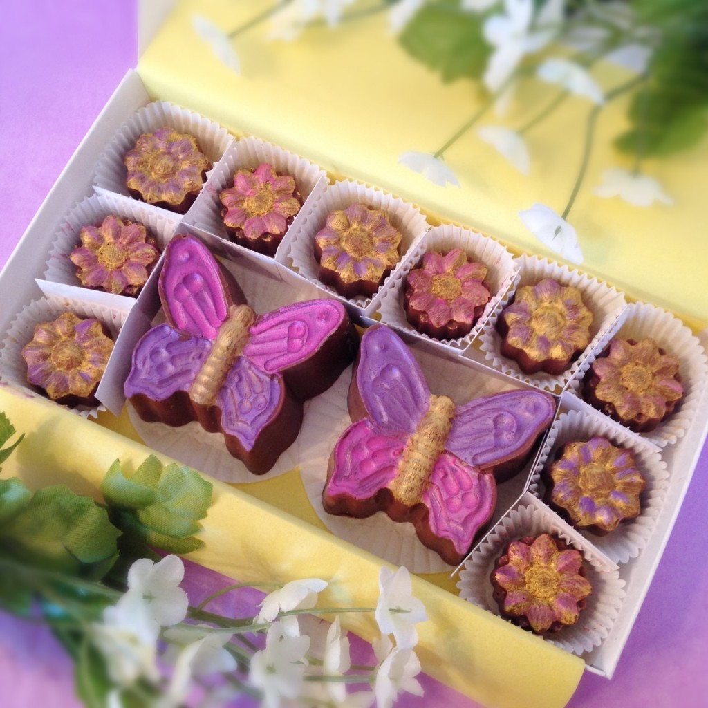 Flowers & Butterflies Chocolate - Birthday Gift for Mom - Hostess Gift - Thank you Gift - Anniversary Flowers - Mother's Day Gift