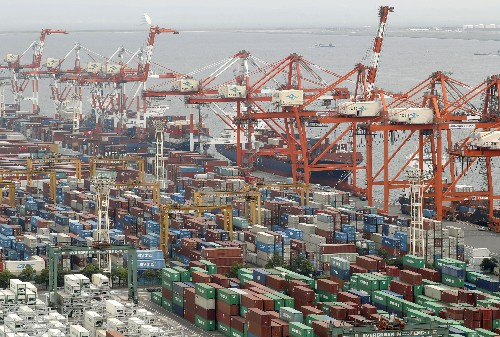 Japan trade deficit highest in 5 yrs, hit by China doldrums
