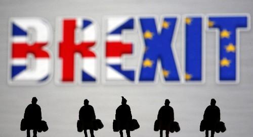 """Rejeté par Johnson, défendu par les Européens: le """"backstop"""" au coeur de l'impasse sur le Brexit"""