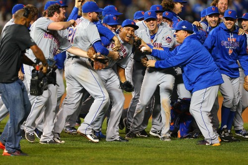 Mets Sweep Cubs, Head to World Series: Pictures
