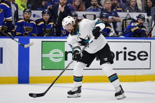 NHL notebook: Karlsson signs $92 million deal with Sharks