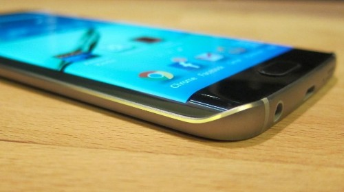Samsung Fights Success With The Galaxy S6 Edge