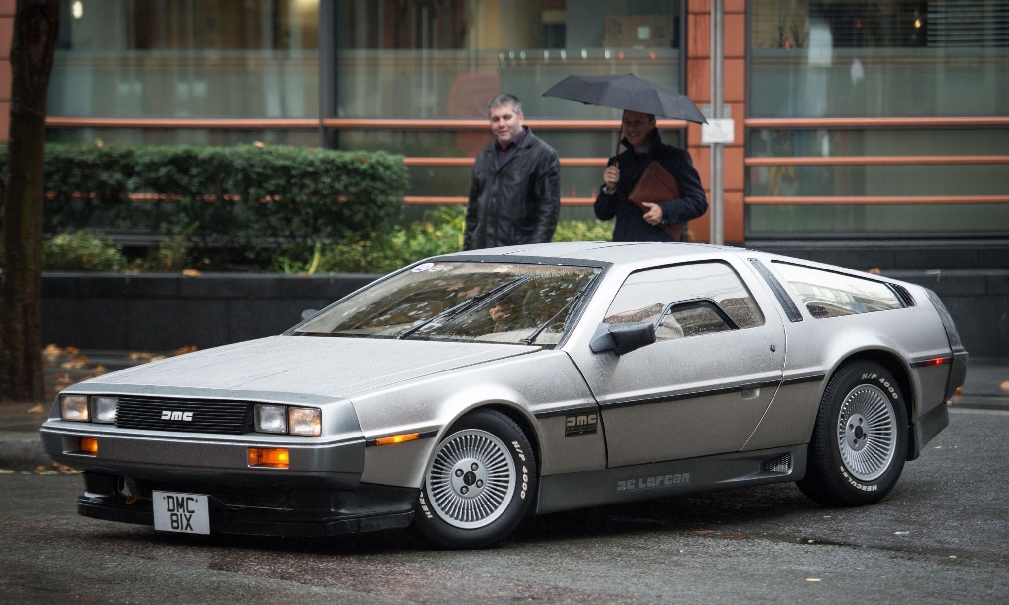 DeLorean to go Back to the Future by making cars again