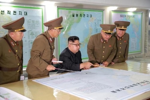 Trump praises N.Korean leader's decision not to fire missiles towards Guam