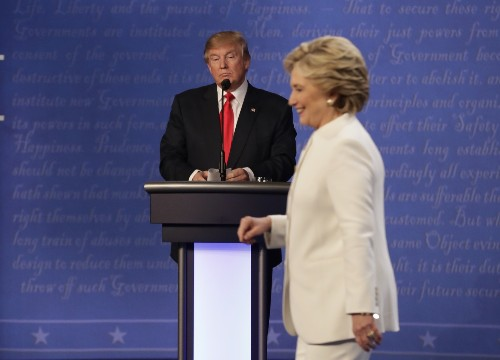 Clinton and Trump Face Off One More Time: Pictures
