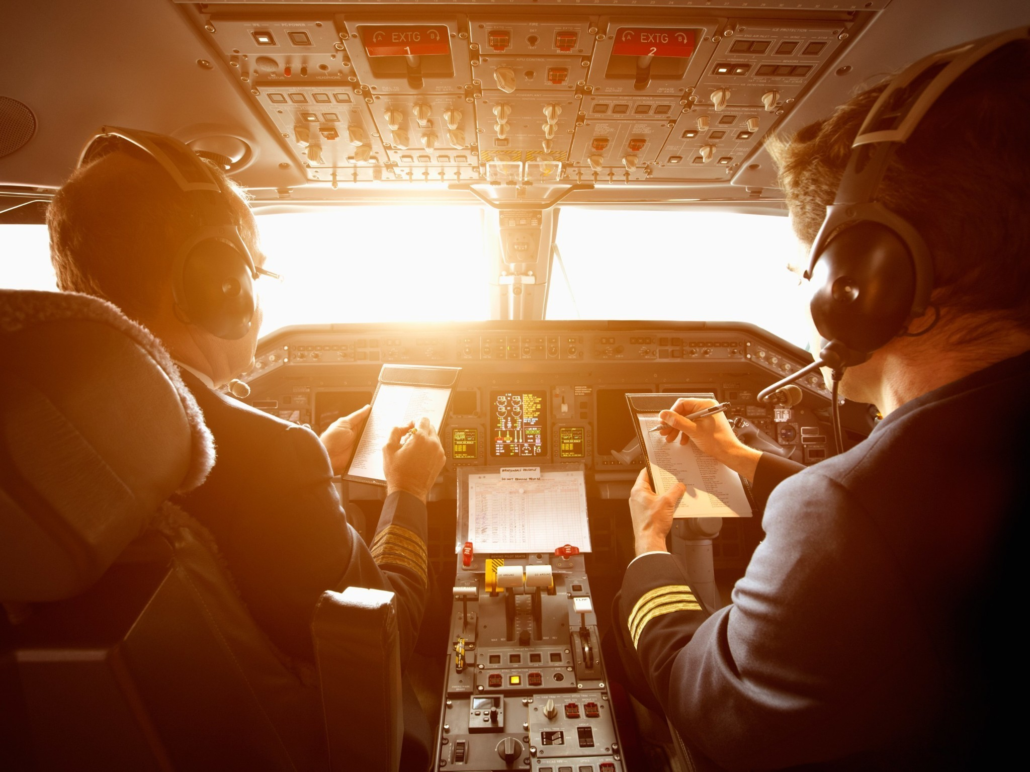 17 Questions You've Always Wanted To Ask Your Airline Pilot