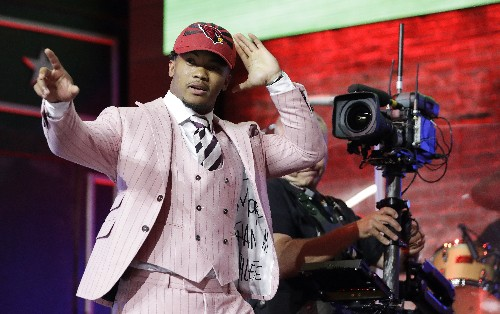 Cardinals create glut at quarterback by selecting Murray