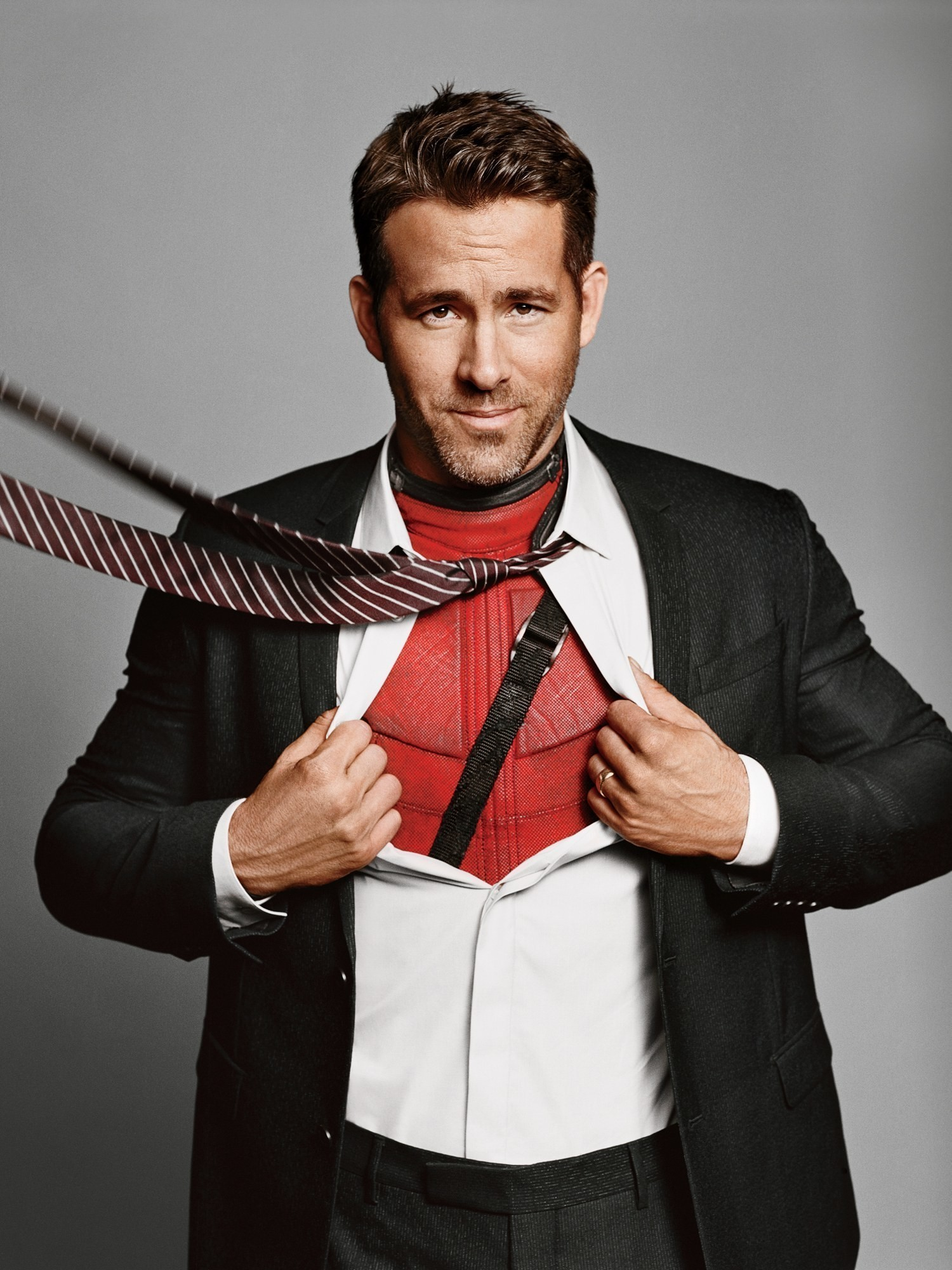 Ryan Reynolds on his Deadpool Obsession, Meeting Blake Lively, and His New Film, Life