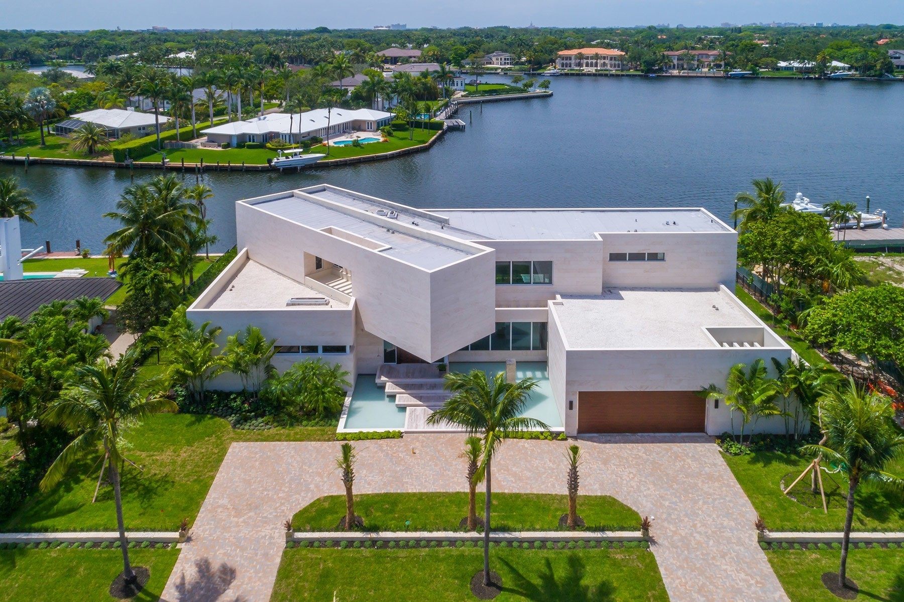 Extraordinary spec home in Coral Gables with 'floating' master bedroom asks $14M